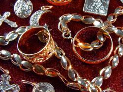 Скупка золотых украшений для переработки