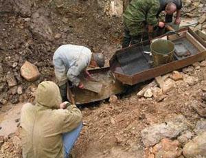 Завод по чановому выщелачиванию золота