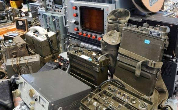 Различная аппаратура связи - характеристики, цена, купить. Драгоценные металлы в ней.